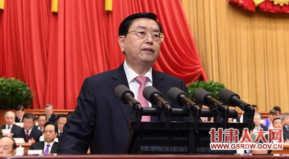 3月8日,十二届全国人大五次会议在北京人民大会堂举行第二次全体会议,全国人大常委会委员长张德江作全国人民代表大会常务委员会工作报告