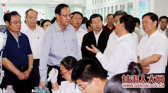 9月11日至15日,全国人大常委会副委员长张宝文率检查组在甘肃省就贯彻实施种子法情况进行执法检查