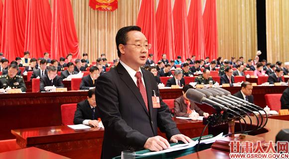 1月26日上午,省十三届人大二次会议隆重开幕,省长唐仁健作政府工作报告