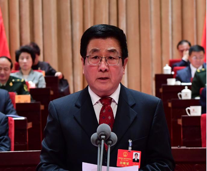 1月10日上午9时,林铎宣布:甘肃省第十三届人民代表大会第三次会议开幕